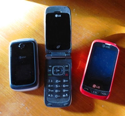 HOME RETREAT cell phones 2016--11-4.JPG
