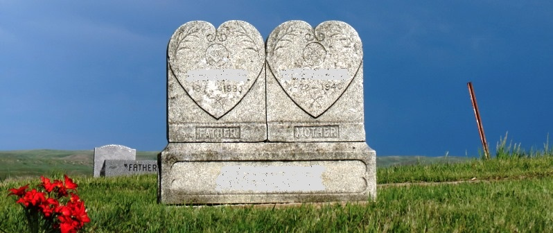 cemetery double hearts 2017--5-28