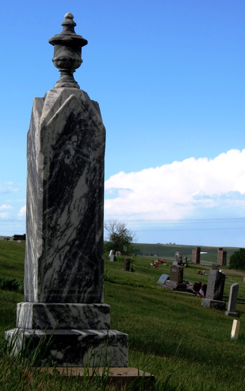 cemetery tall marble 2017--5-28