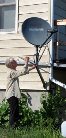 Linda with the unreliable satellite dish 2017--6-4