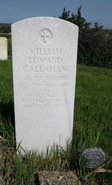 LMH PHOTO Wm E Callahan grave - small copy for blog
