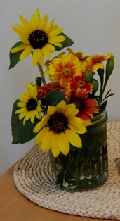 Small sunflower boquet